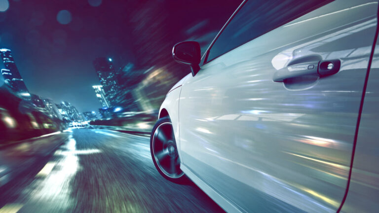Charging Your Electric Car While Driving on Road May Soon will be a Reality | 2YODOINDIA